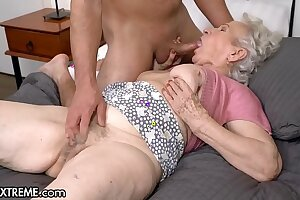 21Sextreme Helping The Granny Come after Door