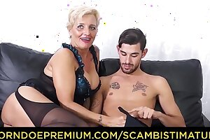 SCAMBISTI MATURI - Hardcore exasperation fucking with Italian blonde granny Shadow