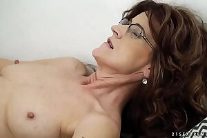 Sexy sugar mama on younger learn of - Indecorous Grandmas