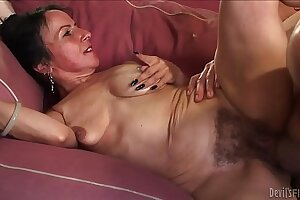 Horny granny Miss Nina Swiss with Victorian cunt
