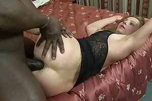 MILF slag Suzy sucks black cock before obtaining anal and pussy rammed