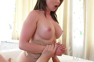 Materfamilias Chunky tits brunette Aussie Milf takes broad in the beam cock before squirting orgasm