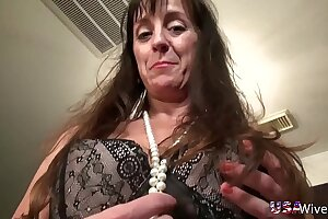 USAwives Fit Mature Crunch at one's best Self Toying Pervert